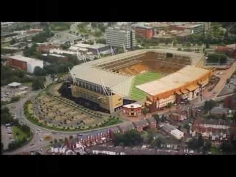 Wolverhampton Wanderers plan £40m Molineux revamp (2010)
