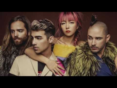 DNCE - What's Love What To Do With It? (En Español)