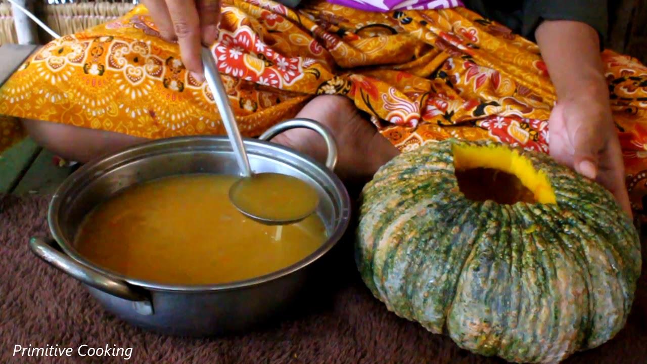 របៀបធ្វើ បង្អែមសង់ខ្យារល្ពៅ How to cook pumpkin dessert (khmer dessert) Primitive Cooking