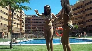 Penosas en la piscina 3