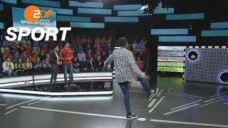 Torwandschießen: Kai Rehbein fordert Danny da Costa | das aktuelle sportstudio - ZDF