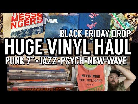 HUGE VINYL HAUL for Black Friday Drop Punk, Jazz, Psych, Vintage Rock T-Shirts! Storage + Attic Dig
