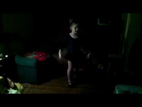 Начинающая балерина