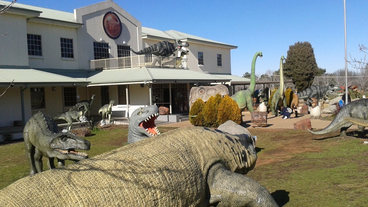 Top 10 best dinosaur museums in the world pastimers for Top ten museums in the world