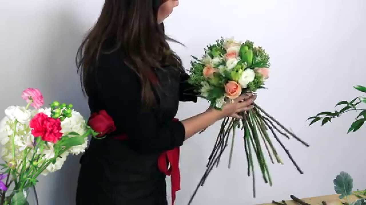 How to make a mixed flower bouquet youtube how to make a mixed flower bouquet izmirmasajfo