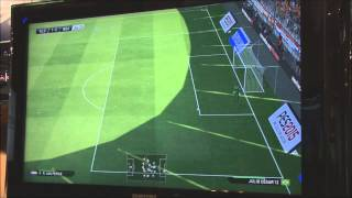 PES 2015: Demo Gameplay - Holland vs Brazil - Gamescom 2014