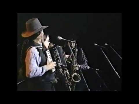 Doug Sahm and Texas Tornados -- Hey Baby, Que Paso (1997)