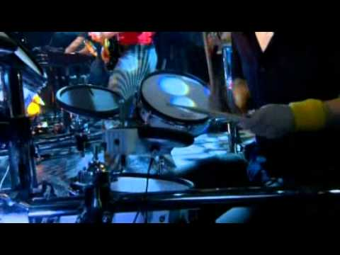 Mylo - Drop The Pressure (Live Jools Holland 2005)