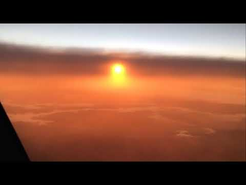 Another pilot films a Close Sun resting in the clouds