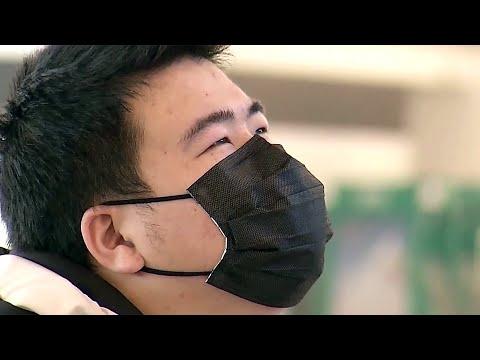 Первый смертельный случай от коронавируса зафиксирован в китайской провинции на границе с Россией.