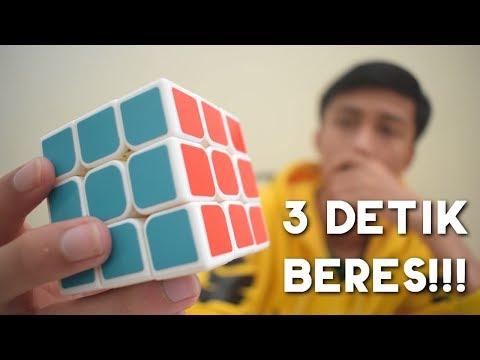 Video kali ini membahas tutorial atau cara menyelesaikan rubik 3x3 untuk pemula, untuk bisa bermain rubik ada baiknya kalian....