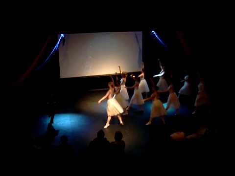 Solihull College students present World Dance