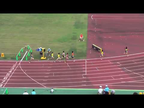 増穂中の齋藤 佑以加 選手が大会新記録で優勝しました。
