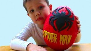 Людина Павук Спайдермен Величезний кіндер сюрприз відкриваємо іграшки ПлэйДо Сюрпризи