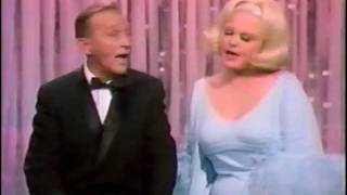 Bing Crosby & Peggy Lee - Hollywood Palace Medley