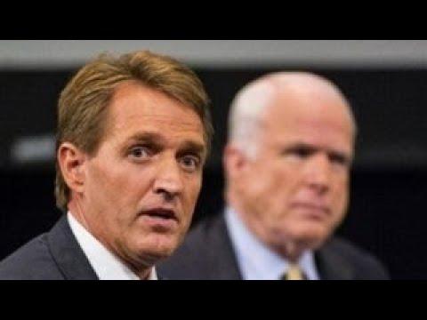 Flake, McCain defend press ahead of Trump