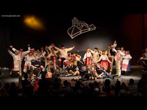 FS Ostroha a Čarovné Ostrohy v Tivoli Theatre, Dublin