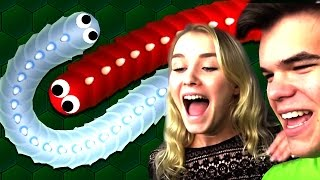 GIRLFRIEND vs. BOYFRIEND IN NEW SLITHER.IO!