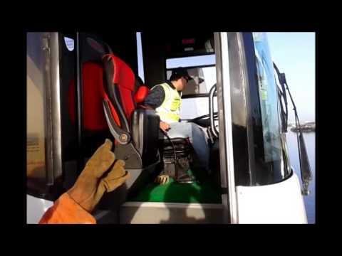 Estivadores Aveiro - Porto de Aveiro - Carga de autocarro do SPORT BISSAU E BENFICA