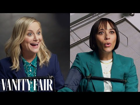 Amy Poehler & Rashida Jones Take a Lie Detector Test | Vanity Fair