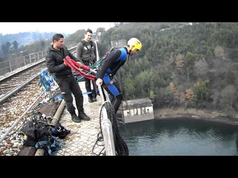 Bungee Jumping em Marco de Canaveses. 70m. Foca!