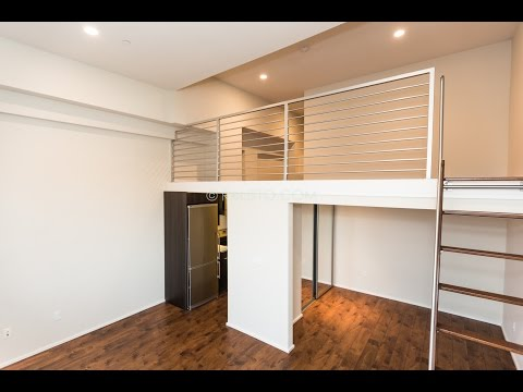 SOMA | 1 Bed | Top Floor | Extra Room | #417 | Stevenson Lofts
