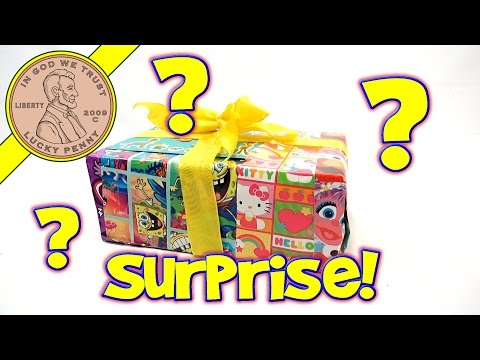 Surprise Box Christmas In July With Fast Food Toy Reviews!