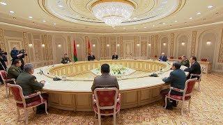 Лукашенко: Беларусь выступает за скорейшее оснащение КСОР новейшими образцами вооружения