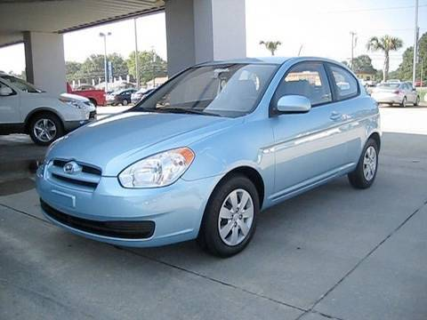 2010 Hyundai Accent GS 3 Door Start Up, Engine, and In Depth Tour Review