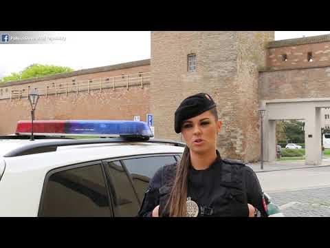 Lenka O Práci V Polícii