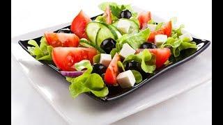 Греческий салат классический. Праздничные салаты. Диетические салаты. Простые салаты.
