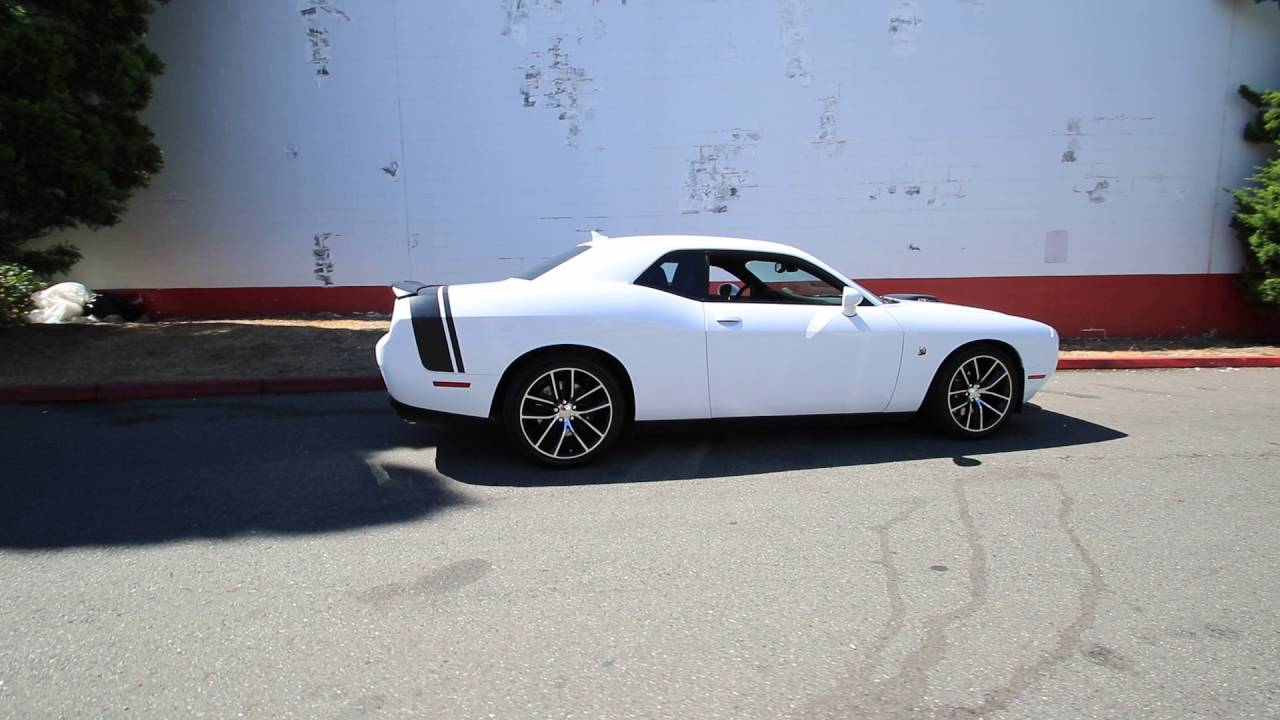 2015 Dodge Challenger R T Scat Pack Shaker Bright White