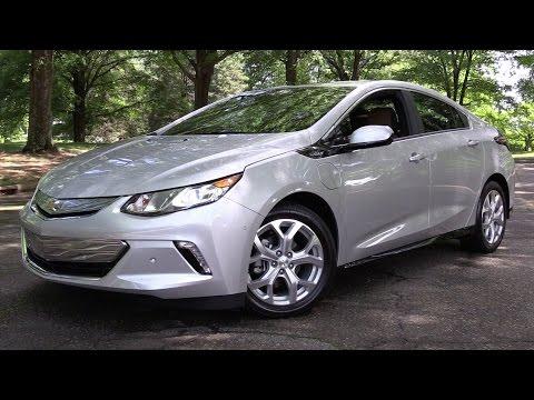 2017 Chevrolet Volt Premier - Start Up, Road Test & In Depth Review