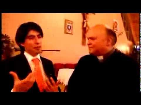 ▶ Padre Juan Carlos Fuentes Arenas da la Bendición al Tenor Ignacio Gómez Urra