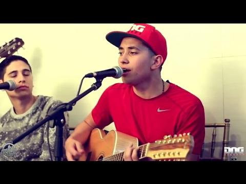 Nuevo Orden - El Cazador (en vivo)  Requinton de Manuel Torres