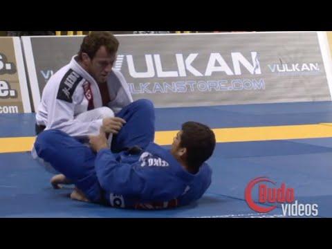Eduardo Telles VS Otavio Sousa / World Championship 2010