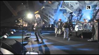 Download Lagu My Chemical Romance - Thank You for the Venom (LIVE at MTV Winter 2011) [HQ] mp3