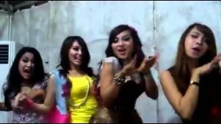 Crazy on the backstage Via Vallen - Niken Maheswara - Ina Samantha