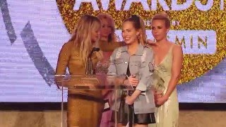 Video 2016 XBIZ Awards - Jessie Andrews & Carter Cruise Win 'Best Sex Scene - All Girl' Award download MP3, 3GP, MP4, WEBM, AVI, FLV Oktober 2018