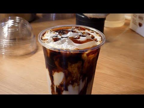 솜사탕 버블티 cotton candy brown sugar bubble milk tea / korean street food