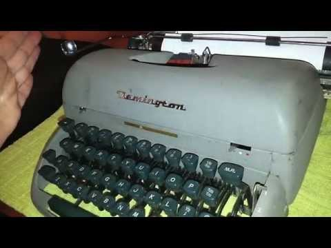Cleaning up a 1950's Remington Rand Typewriter (Letter Riter)