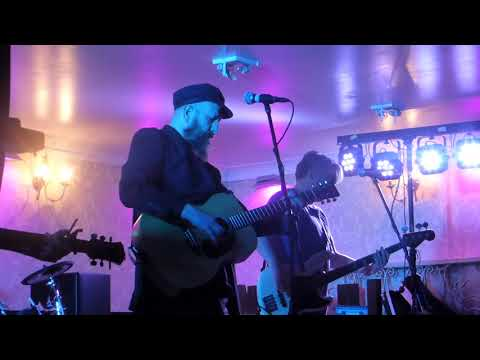 Martin Metcalfe & The Fornicators: The Rattler live