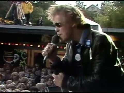 Eppu Normaali - rääväsuita ei haluta Suomeen (live 1978)