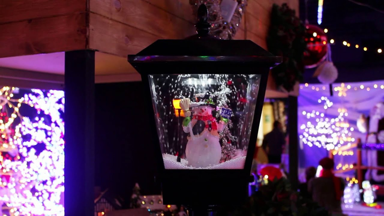 Animated Snowing Street Lamp With Snowman Christmas