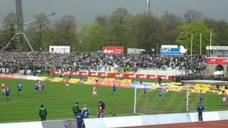 Foul im Derby FC Rot-Weiß Erfurt gegen FC Carl-Zeiss-Jena