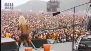 Motley Crue Merry Go Round live 1983