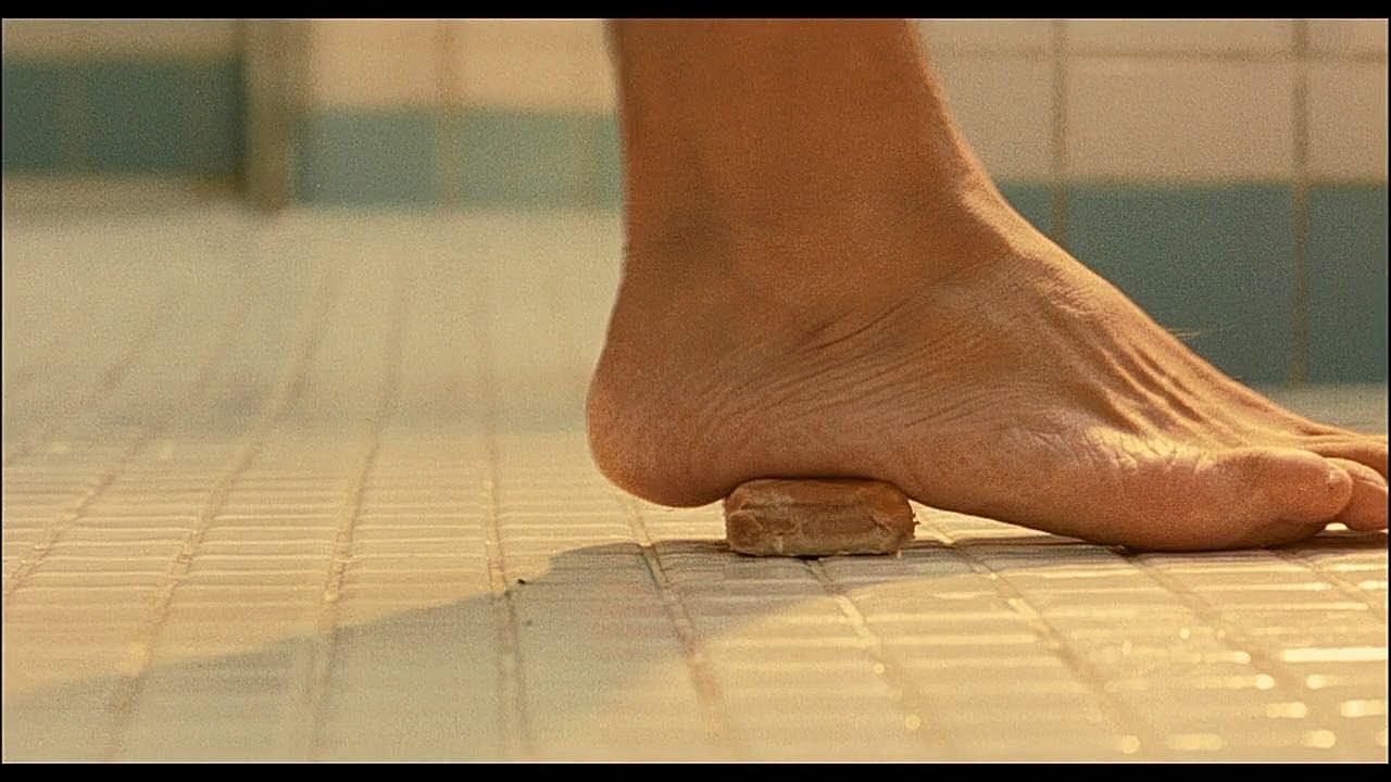 真皂滑弄人,杀手在澡堂被肥皂滑倒,人生走向大变道《盗钥匙的方法》