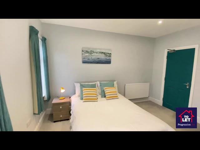 Attractive en-suite room - WEST TOWN Main Photo