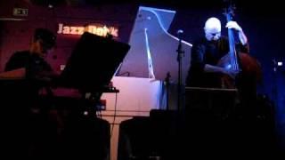 Face Of The Bass: Majestát času - LIVE @Jazzdock, 5th Nov 2009