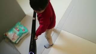 청소 도와주는 아이들.. 휴스톰 무선물걸레청소기